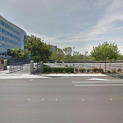 5000 Hacienda Dr, Dublin, CA 94568