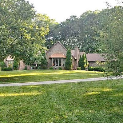 125 The Woods, Bedford, IN 47421