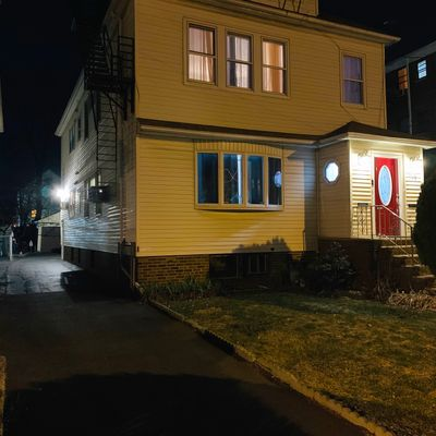 138 Berwick St, Elizabeth, NJ 7202