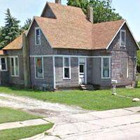 205 S State St, Ridge Farm, IL 61870