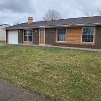 1955 Chickasaw Dr, Circleville, OH 43113