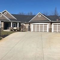 5498 E Rogers Ct, Syracuse, IN 46567