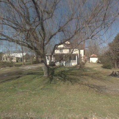 8015 John Henry Rd, Whitesburg, TN 37891