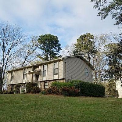 748 Oak Dr E, Trussville, AL 35173