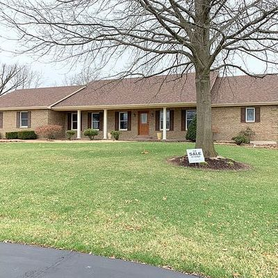 9 Woods Fort Ct, Troy, MO 63379