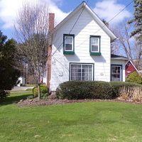 14790 S Cheshire St, Burton, OH 44021
