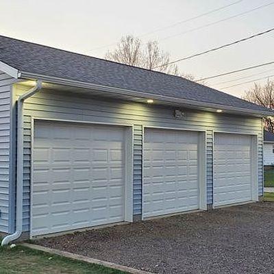 256 W Cedar St, Dike, IA 50624