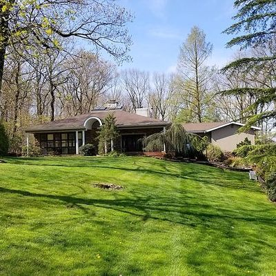 142 Bayberry Ln, Watchung, NJ 07069