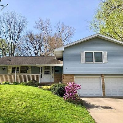 2819 Brookside Dr, Iowa City, IA 52245