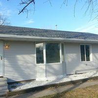 4060 Ne 47th St, Des Moines, IA 50317