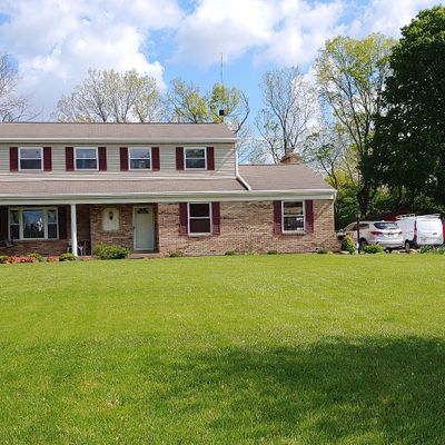 7122 Fox Plum Dr, West Chester, OH 45069