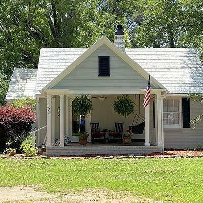 105 Lake St, Trussville, AL 35173