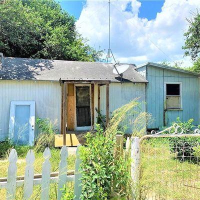 510 S Atascosa St, Mathis, TX 78368