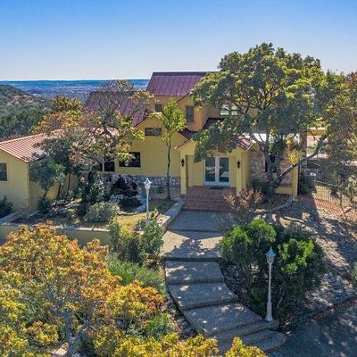 904 Olympic Dr, Kerrville, TX 78028