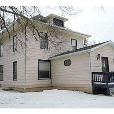 401 State Ave N, Wessington Springs, SD 57382