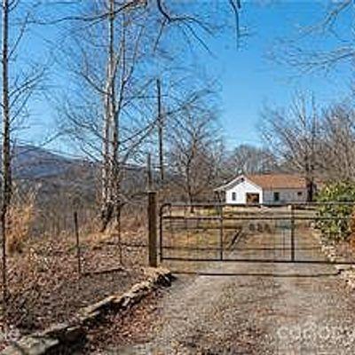 620 Blue Rock Rd, Burnsville, NC 28714