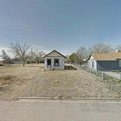 306 S Longwood Ave, Fritch, TX 79036