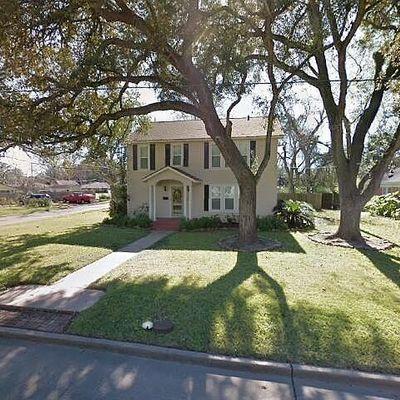 318 Avenue A, Wharton, TX 77488