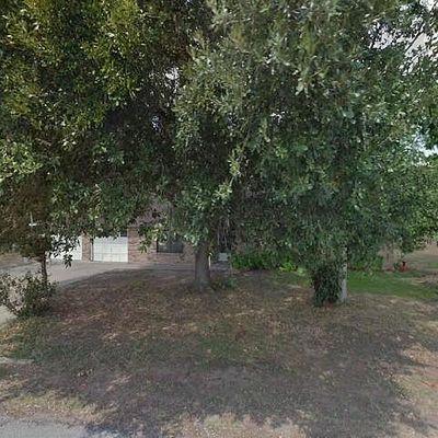 407 Lakeview Dr, Wallis, TX 77485