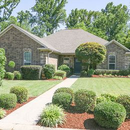 5 Copper Creek Circle