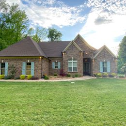 785 Confederate Ridge Rd